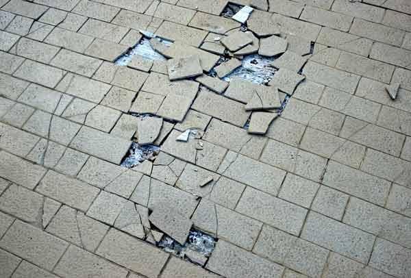 floor tile repairs cracked and damaged floor tiles
